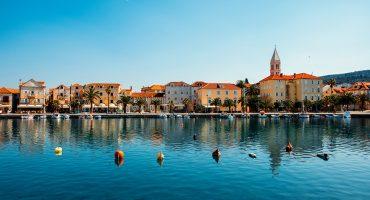 Viisi vinkkiä saarisurffailuun Kroatiassa